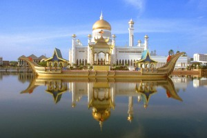 >Sultan Omar Ali Saifuddien Mosque /Camii